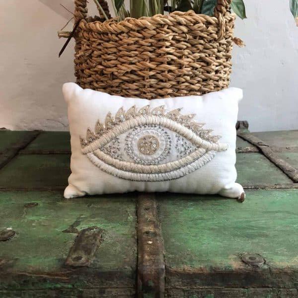 eye lavender cushion