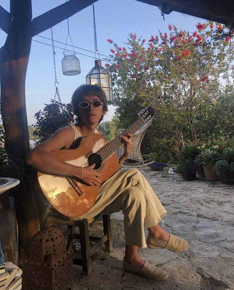 guitar playing in Ibiza