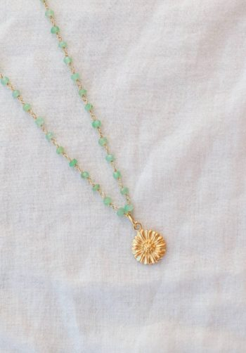 Chrysoprase necklace with a flower charm