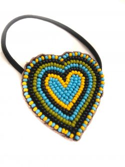 beaded hair bobble in the shape of a heart