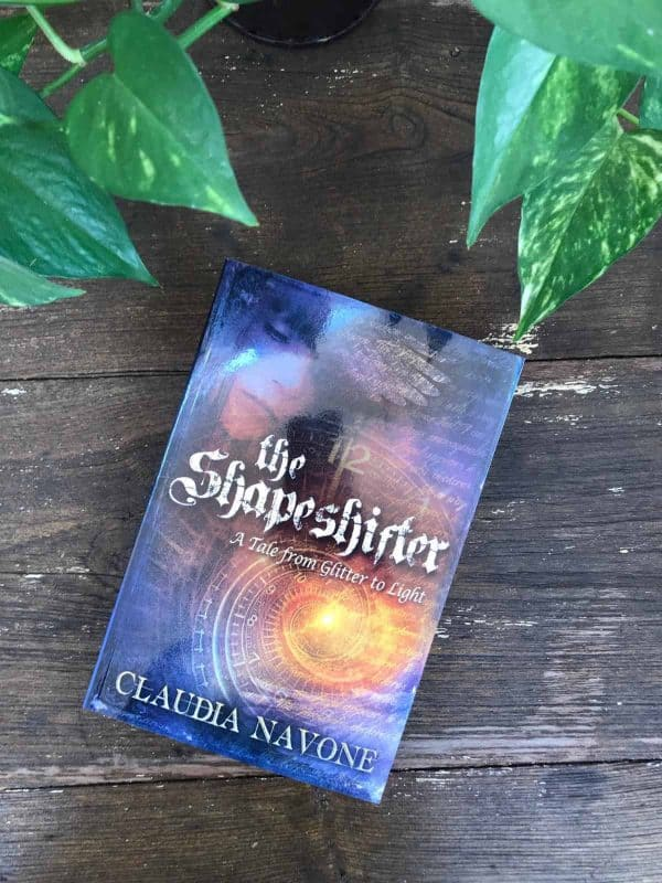 TheShapeshifter - A Tale From Glitter To Light by Claudia Navone