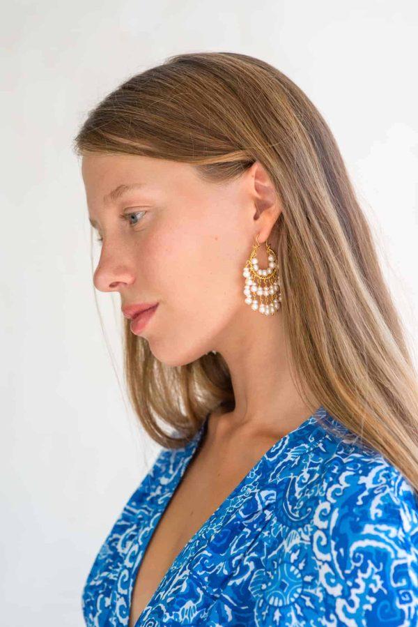 dangly pearl earrings