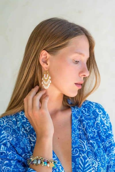 chandelier style earrings with pearls