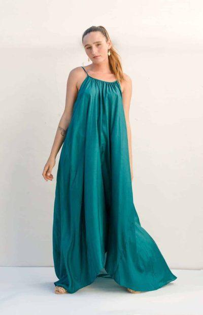 round neck dress in silk with spaghetti straps