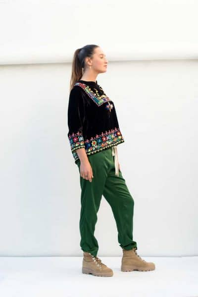 green trousers with a drawstring