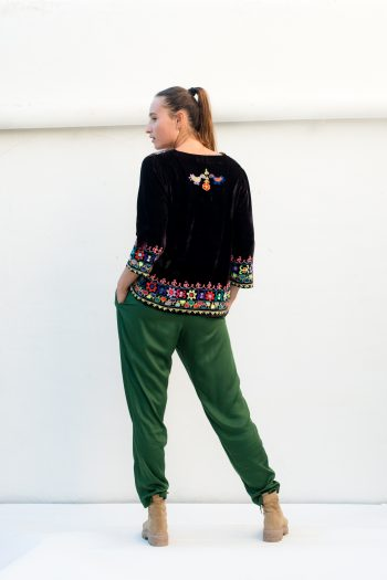 loose fitting green trousers