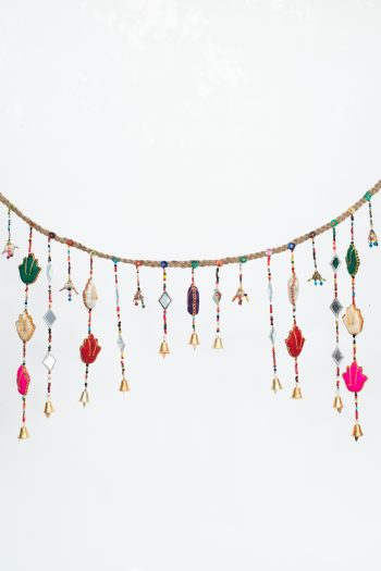 Hanging garland with cloth hands