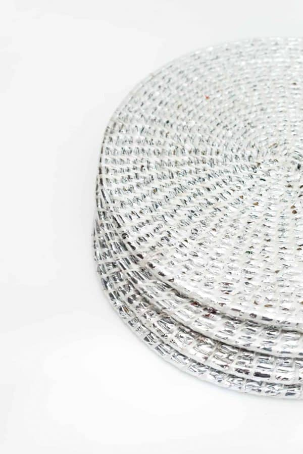 set of 4 recycled plastic silver placemats