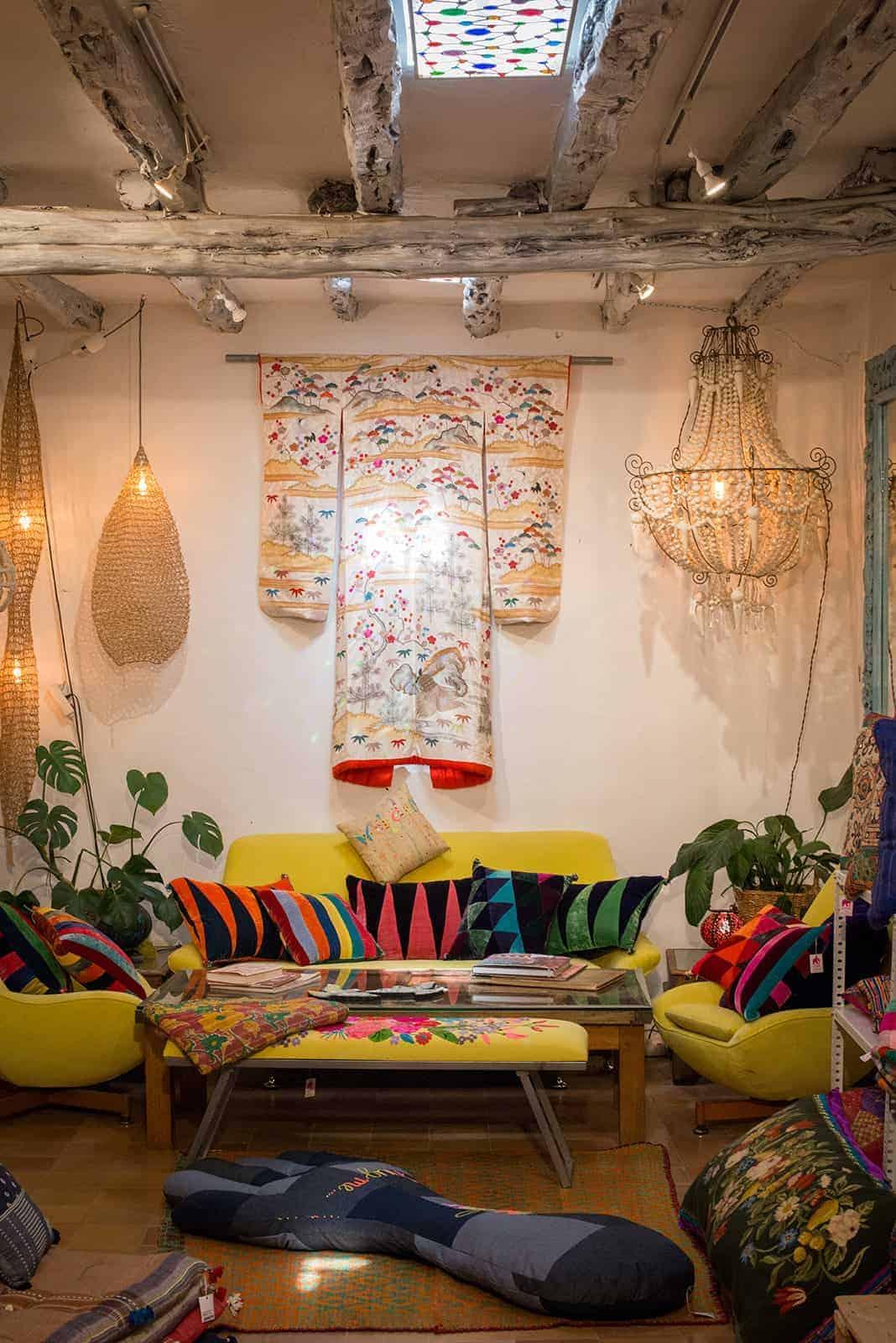 kimonos & cushions